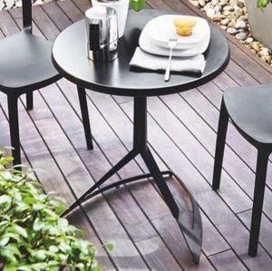 Calligaris - petite table ronde area t 60x60 noire de calligari - Round Diner Table