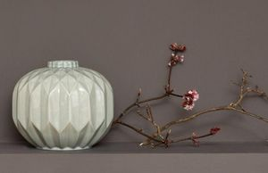 Kelly Hoppen -  - Stem Vase
