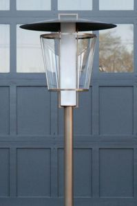 Kevin Reilly Lighting - lucerne - Garden Lamp