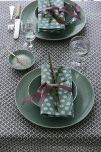 Bungalow -  - Table Service