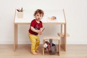 KUTIKAI -  - Children's Desk