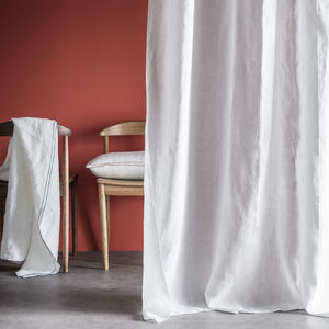 BLANC CERISE -  - Overshadow Curtain