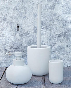 Mette Ditmer - yin yang - Bathroom Accessories (set)