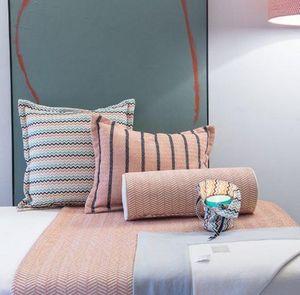 Ybarra & Serret - copiapo - Square Cushion