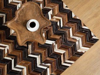 BELIANI - tapis - Leather Rug