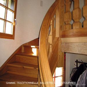 ESCALIERS DE FRANCE -  - Two Quarter Turn Staircase