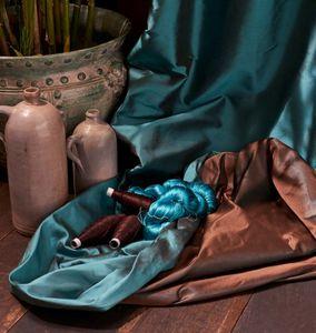 Jim Thompson - -every colour... - Silk