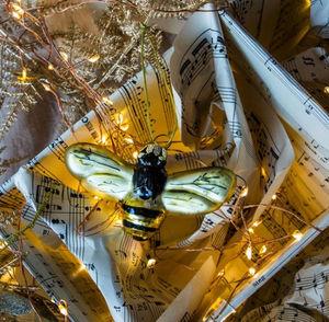 Graham & Green - golden bee - Christmas Tree Decoration