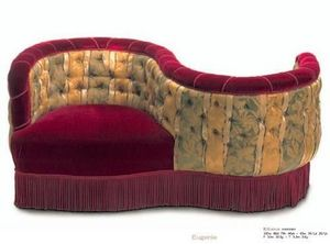 INTERNA -  - Love Seat