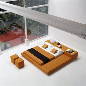 Enneade - squariing  - Platform Bed