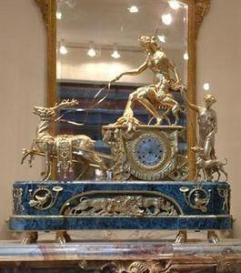 Abj Cheminees Anciennes - pendule diane chasseresse louis xvi - Desk Clock