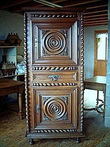 Antiquites Brocante De La Tour -  - Free Standing Furniture