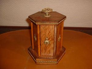Marysa -  - Cigar Cabinet