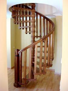 RUARTE -  - Central Spiral Staircase