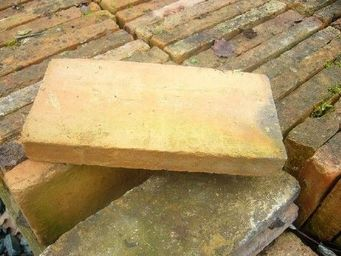 antiquites materiaux anciens deco de jardins - briques - Brick