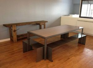 DOUCEUR BRUTE -  - Conference Table