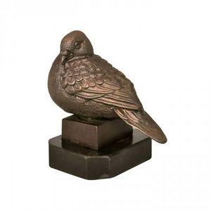 Demeure et Jardin - pigeon en bronze sur base marbre - Animal Sculpture