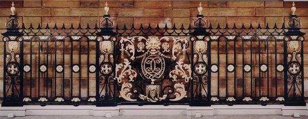 Pelham Galleries - London - Protective fence-Pelham Galleries - London