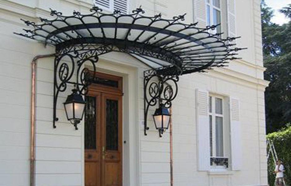 FERRONNERIE VAUZELLE Eingangsvordach Vordächer und Markisen Fenster & Türen  |