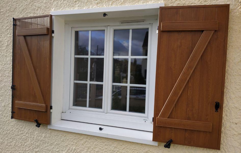 RENOSTYLES Klappläden Fensterläden Fenster & Türen  |