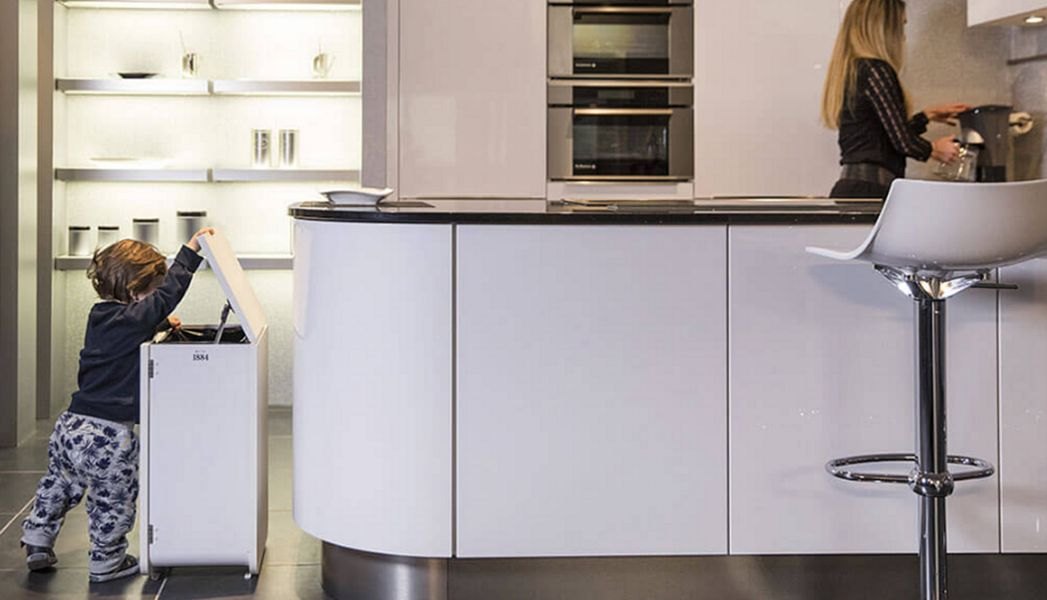 DISTRIBEL Mülleimer mit Trennsystem Rund ums Spülbecken Küchenaccessoires  |
