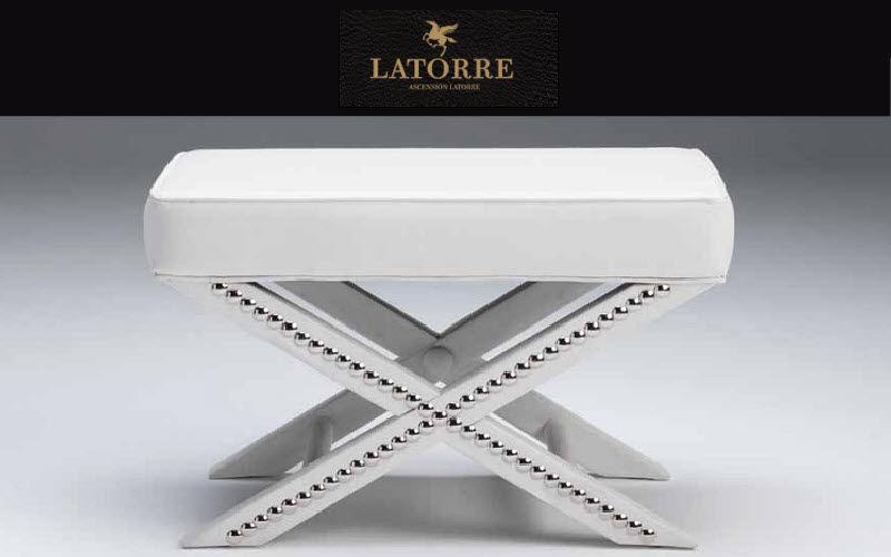 Ascension Latorre Schemel in X-Form Schemel und Beinauflage Sitze & Sofas  |