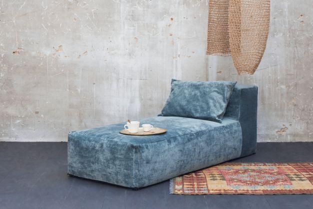 Liegesofa-BED AND PHILOSOPHY