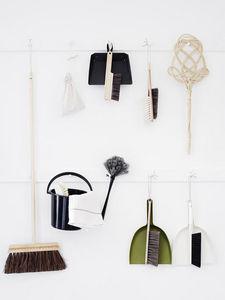 IRIS HANTVERK -  - Reinigungsbürste