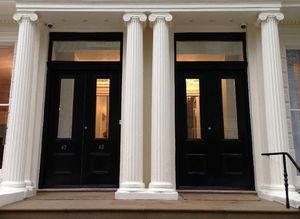 London Plastercraft -  - Säule
