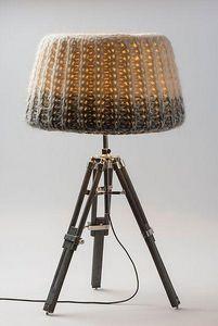 THOMAS OVERESCH BERLIN -  - Tischlampen
