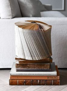 CRIZU -  - Altes Buch
