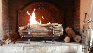 Cheminée de Changy - -avec brûleur -- - Feuerbock