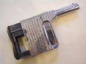 Aux Armes d'Antan - pistolet de poche à répétition manuelle le gaulois n°2 - Pistole Und Revolver