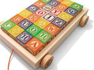 UNCLE GOOSE - classic blocks w/ pull wagon - Nachziehspielzeug