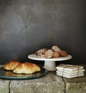 MADAM STOLTZ -  - Tortenplatte Mit Füßen