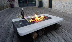 UN COQ DANS LE TRANSAT - brasero de terrasse - Tisch Mit Feuerstelle