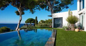 Carre Bleu -  - Traditioneller Swimmingpool
