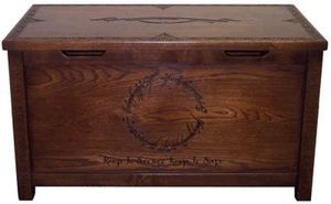 Middle Earth Furniture -  - Truhe