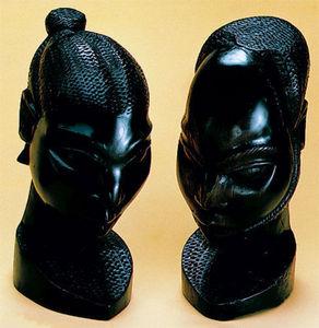 YOMAN - têtes - Fotoskulptur