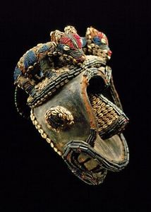 Galerie Bernard Dulon - coiffe de danse, bekom - Maske Aus Afrika