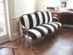 Castle Upholstery -  - Gepolsterte Bank