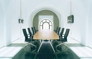 Holzapfel - summa - Konferenztisch