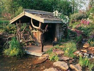 Pure Folly -  - Hütte