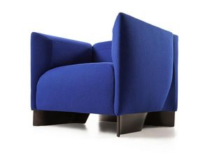 Cassina -  - Niederer Sessel