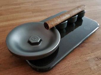 ALVARAE -  - Zigarrenaschenbecher