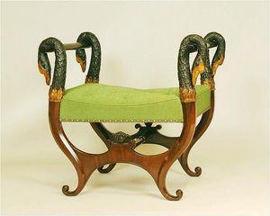 ANTOINE CHENEVIERE FINE ARTS - wood stools - Schemel In X Form