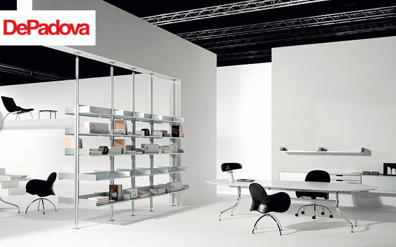 DE PADOVA Estantería de despacho Armarios y almacenamiento Despacho Lugar de trabajo |