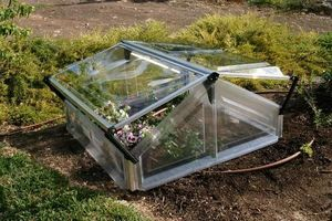 Chalet & Jardin Invernadero marco