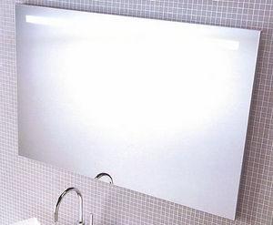 La Maison Du Bain Espejo con luz