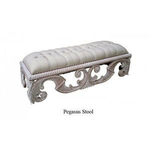 DECO PRIVE - bout de lit en bois ceruse et tissu grege - Banqueta De Dormitorio